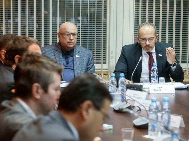 Совещание по обсуждению хода разработки модели замещения средств граждан банковским кредитованием и иными формами финансирования